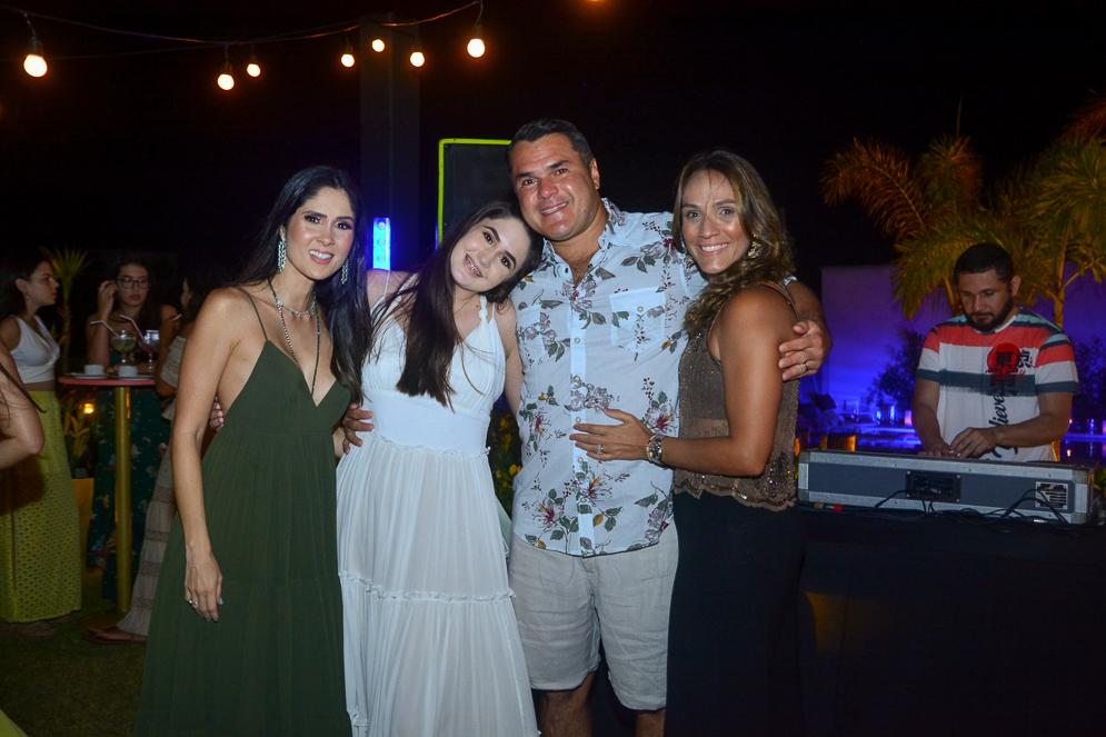 Manoela E Bibi De Castro, Adauto E Daniela Couto