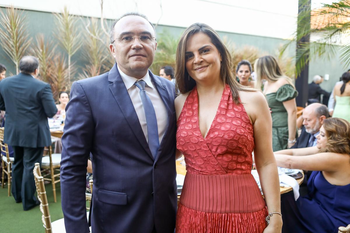 Mario E Gabriela Aragao