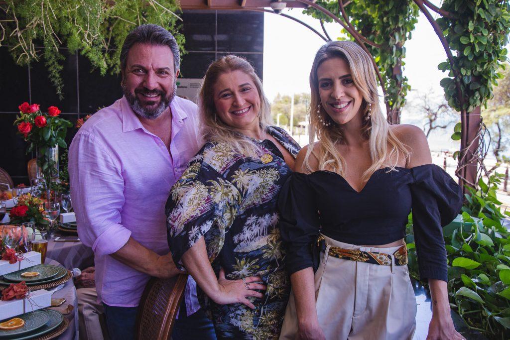 Mario Sergio, Karina Moreira E Renata Garcia