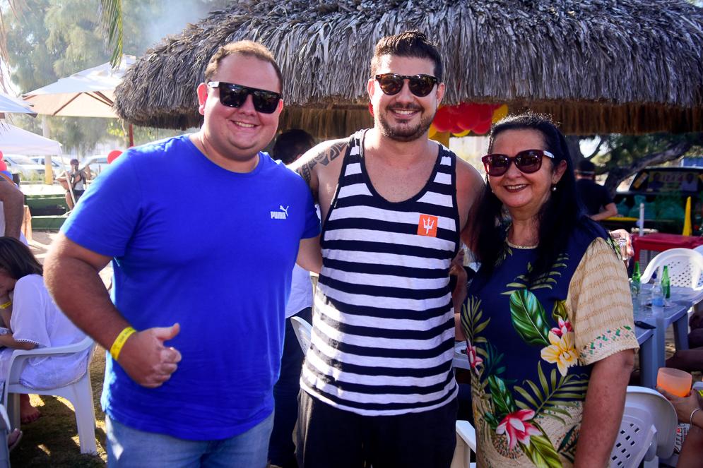 Mateus Guimarães, Eric Moreira E Katia Guimarães
