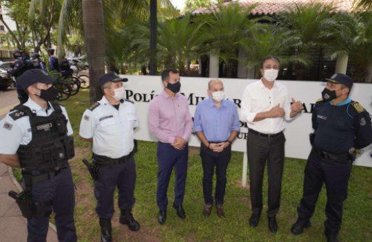 Camilo entrega nova base do BPTur para reforçar  a segurança com câmeras de videomonitoramento e mais 165 policiais