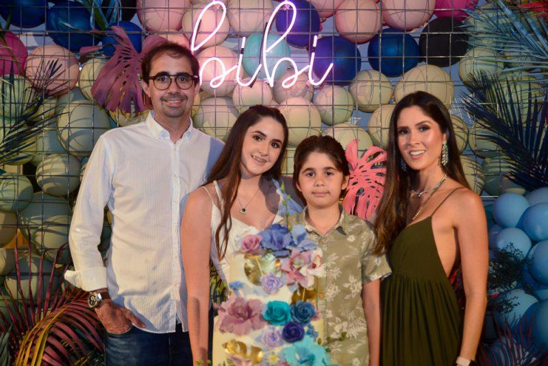 Pedro, Bibi, Pedro E Manoela De Castro (1)