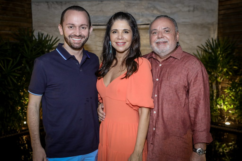 Pedro Regis, Maria Lucia E Pedro Carapeba