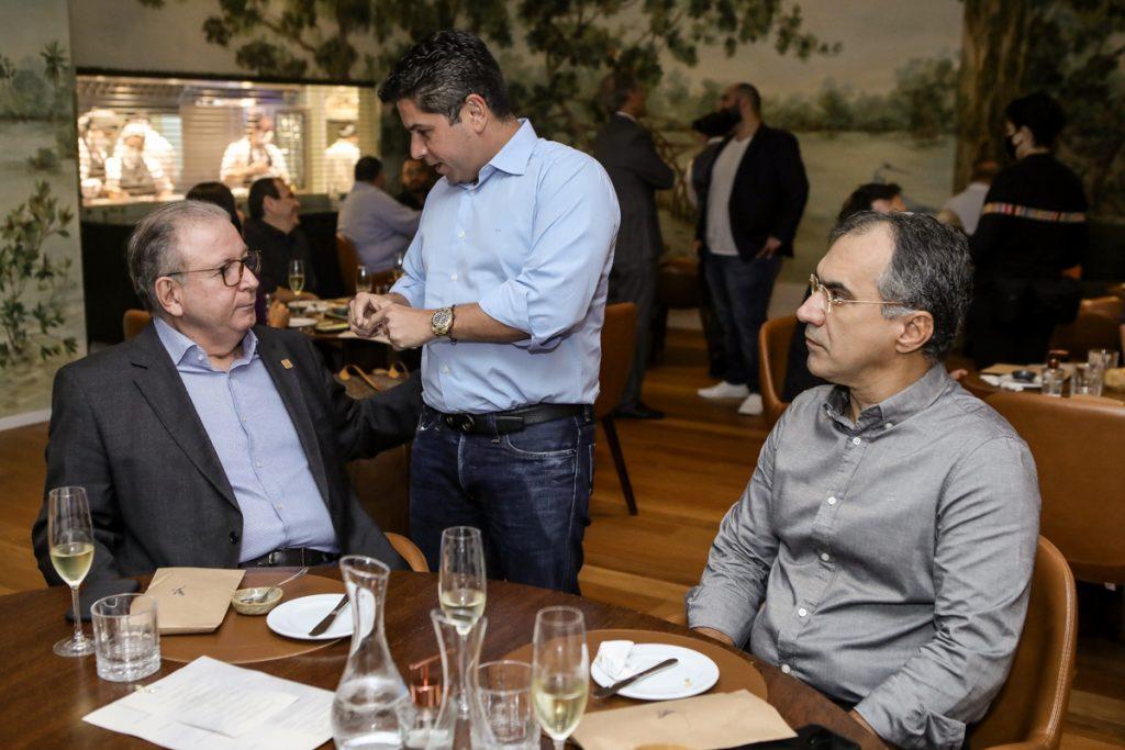 Ricardo Cavalcante, Pompeu Vasconcelos E Eduardo Neves