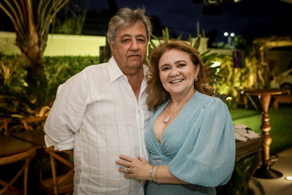 Roberto E Nekita Romcy (2)