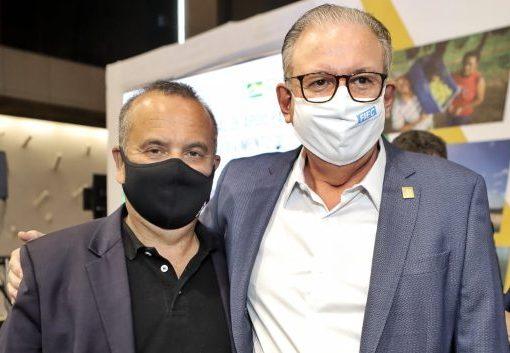 Rogério Marinho anuncia pacote de obras estruturantes no NE, em evento na FIEC