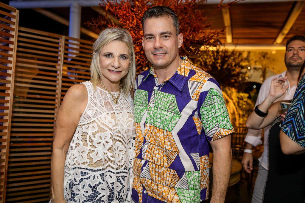 Rosangela E Miguel Dias