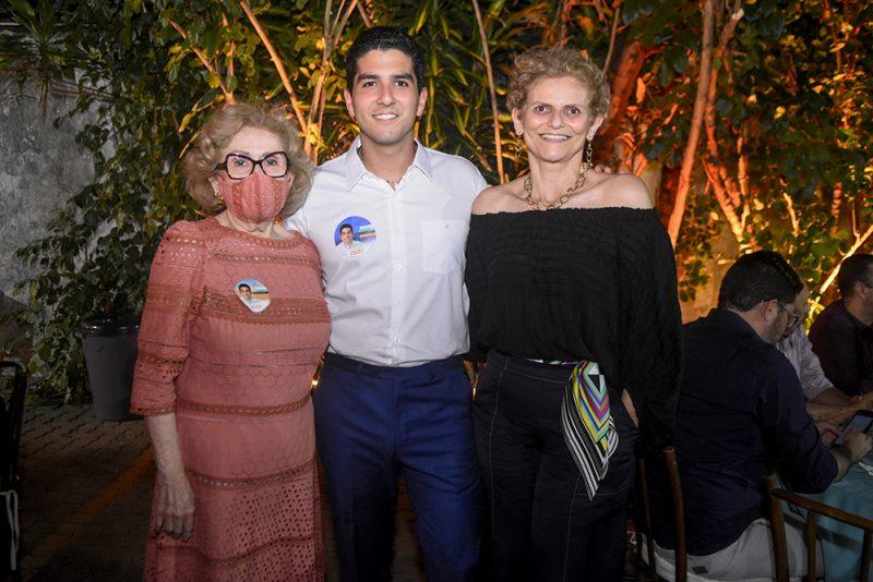 Apoio no Pleito - Pedro França realiza jantar de apoio a candidatura em seu comitê na Santos Dumont