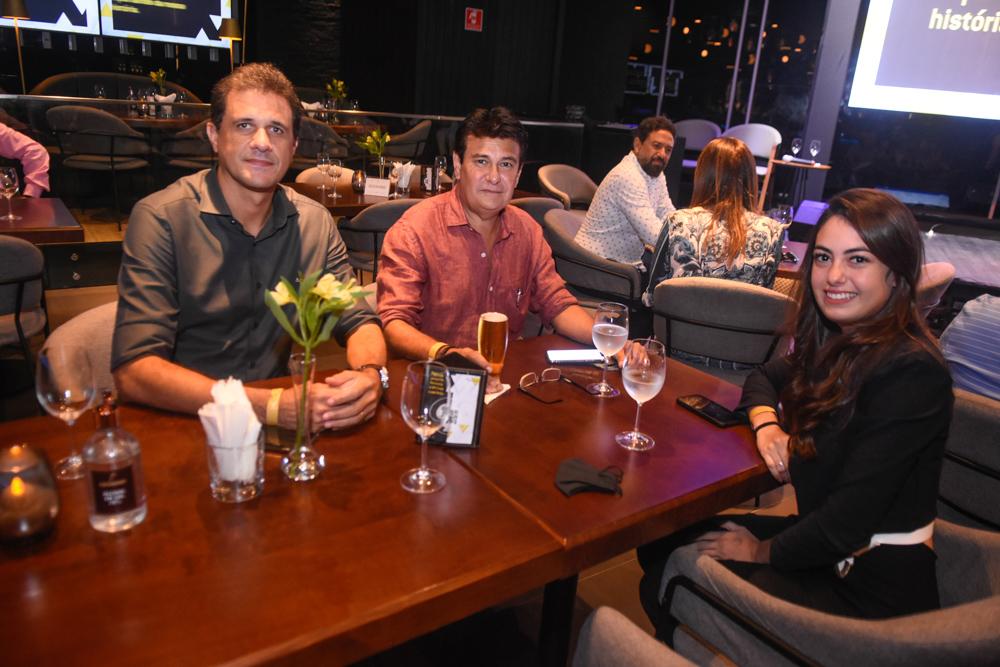 Wellington Oliveira, Charles Aragão E Mariana Barreira