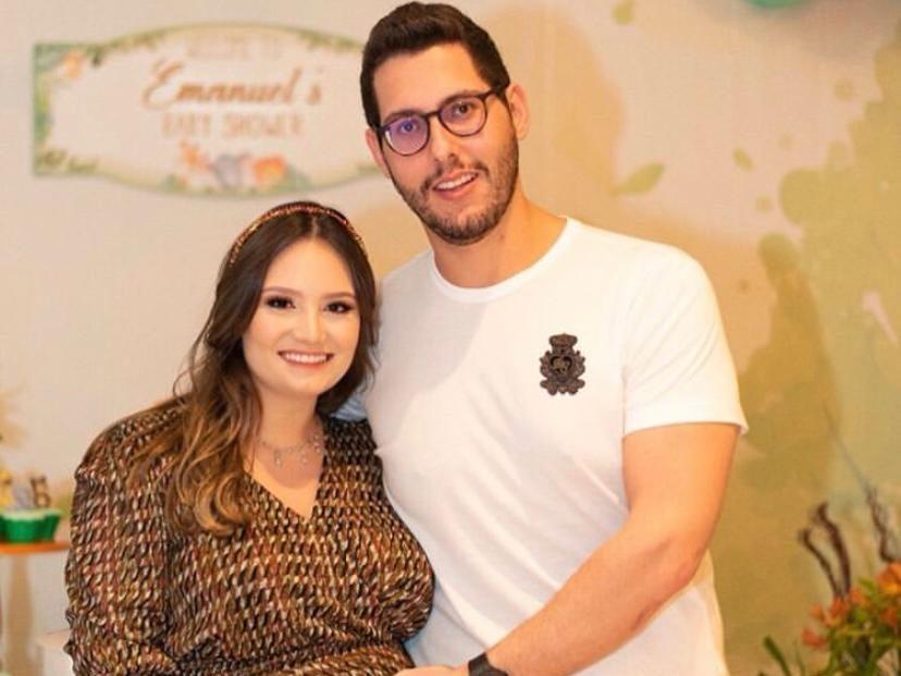 Letícia Teixeira e Gabriel Dias Branco reúnem os amigos e familiares para o chá de baby do Emanuel