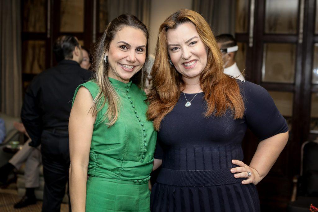 Adriana Queiroz E Aline Barroso