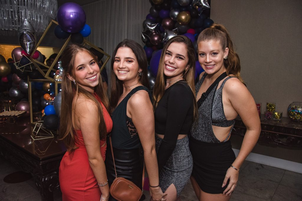 Ana Carolina Ladeia, Duda Gomes, Liana Ximenes E Luisa Aragao