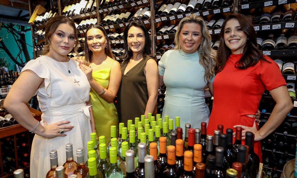 Ana Max, Zaira Rocha, Dani Linheiro, Camila Ximenes E Elane Alves (1)