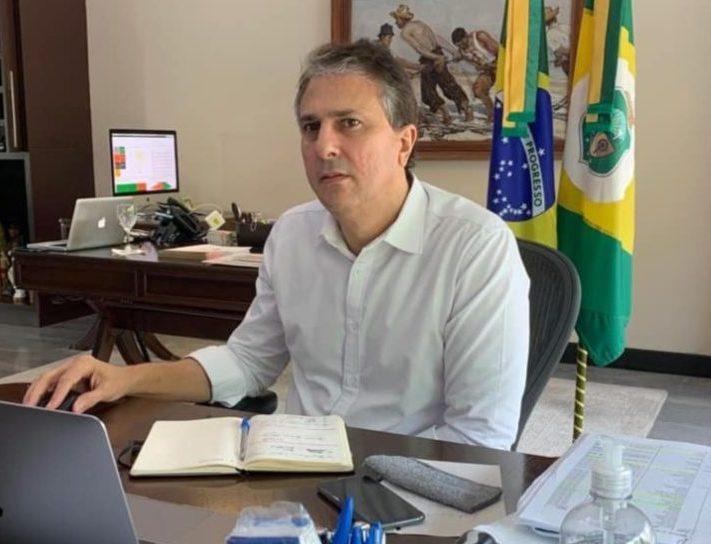 """Camilo Santana critica """"disputa política"""" em relação à vacina contra a Covid-19"""
