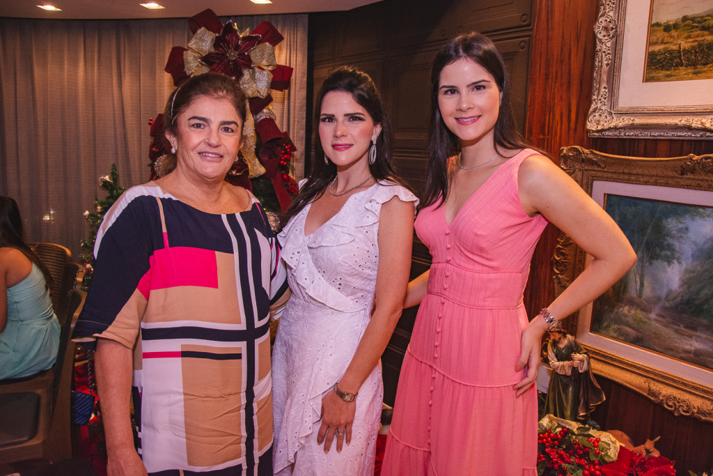 Carla Bezerra Lima, Marilia Quintao Vasconcelos E Camile Quintao Carneiro