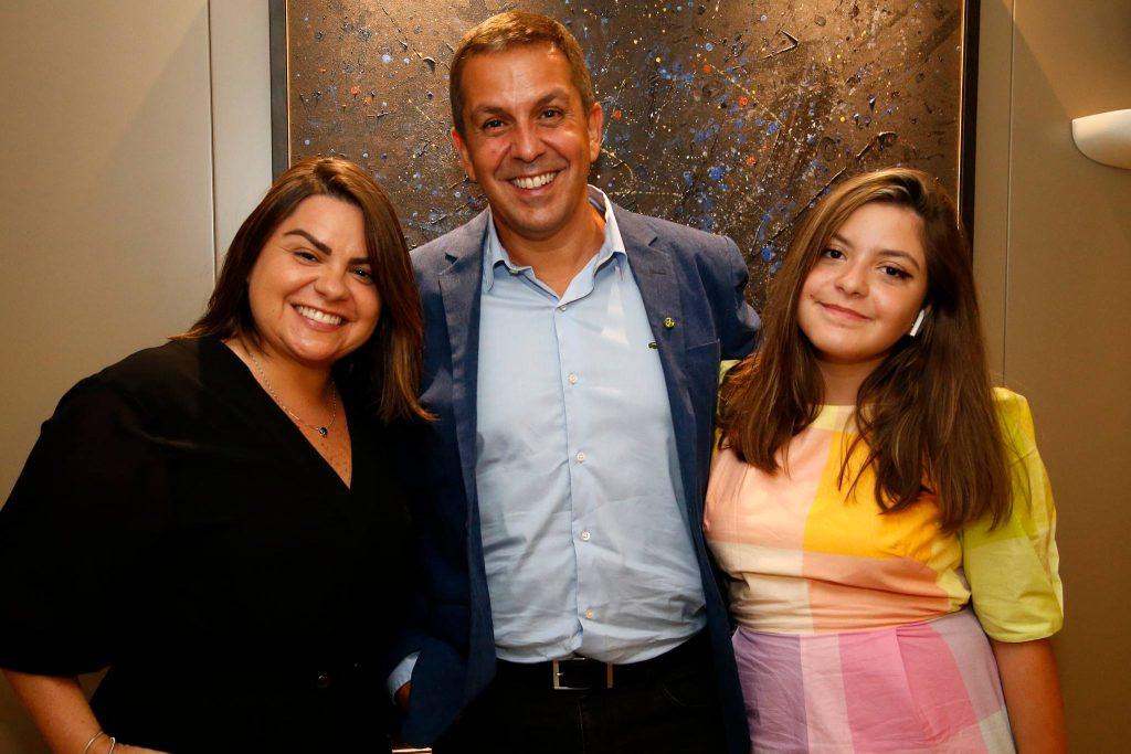 Cristina, Ricardo E Isabelle Barillo