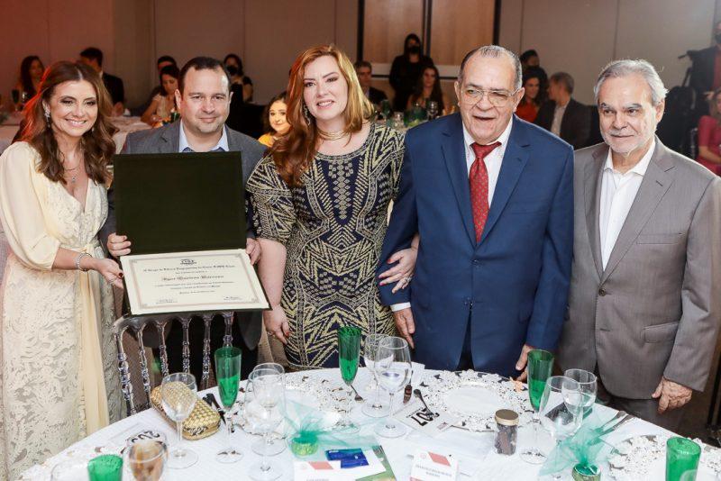 Emilia Buarque, Igor E Aline Barroso, Regis Barroso E Max Perlingeiro (1)