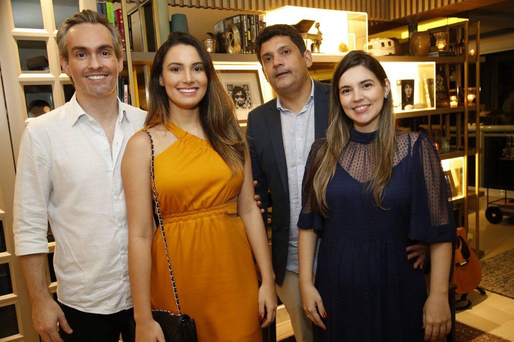 Joao Paulo Feitosa Paula Almeida, Bruno E Juliana Queiroz