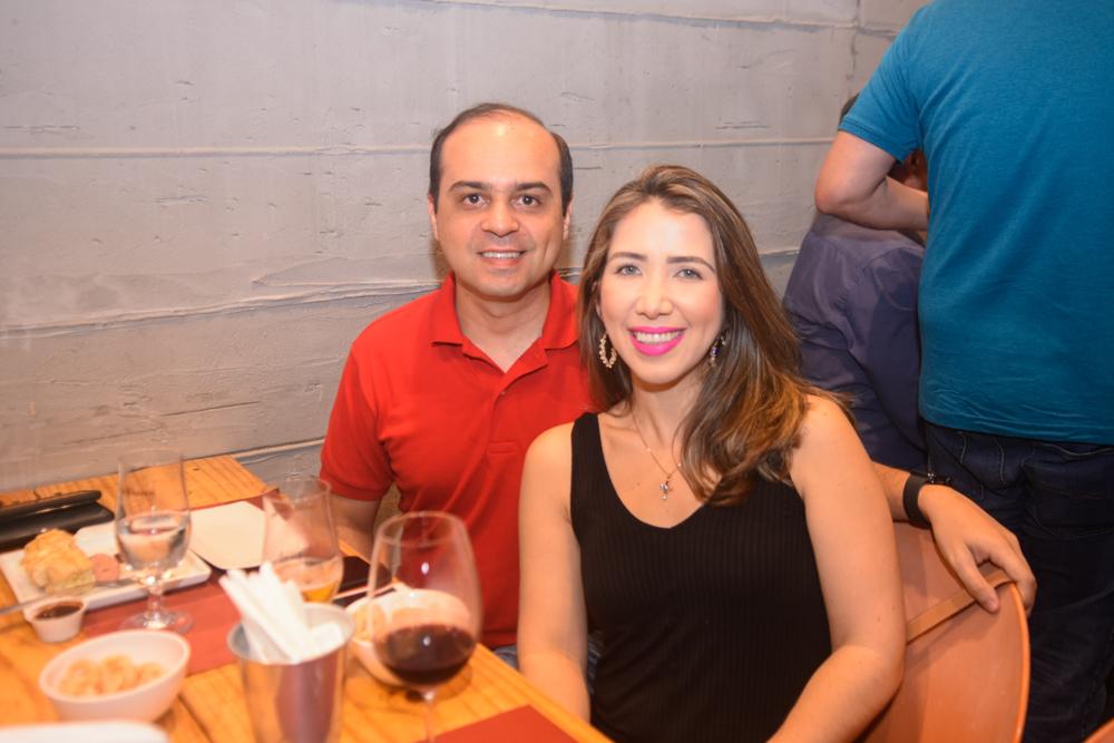 Juciano Almeida E Sabrina Tabatinga