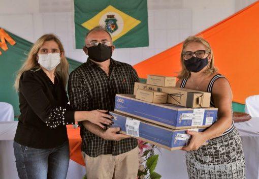 Governo do Ceará investe R$ 5,6 milhões em kits de gravação para suas escolas