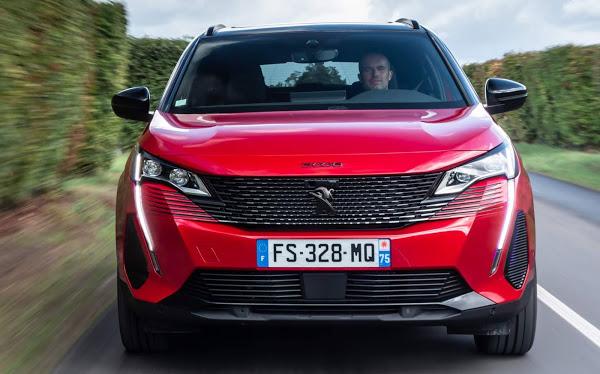 Novo francês 3008 da Peugeot chega em 2021 por aqui