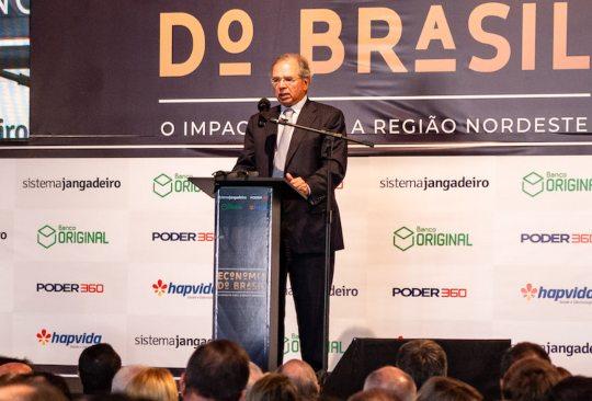 Paulo Guedes diz que vai avançar em privatizações e que retomada econômica brasileira está acontecendo em V