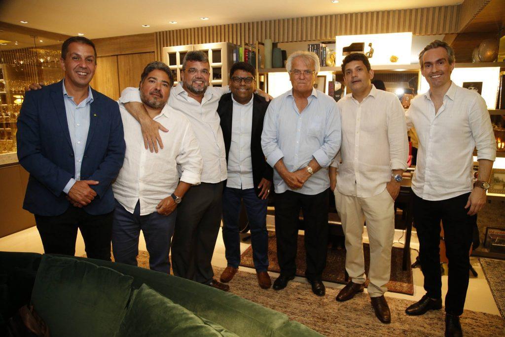 Ricardo Barillo, Leandro Vasquez, Paulo Plutarco, Jose Roberto, Carlos Feitosa, Bruno Queiroz E Joao Paulo Feitosa