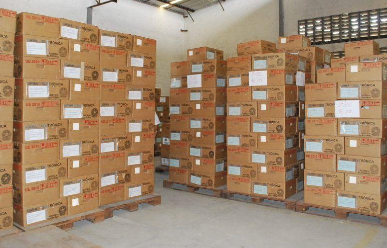 TRE-CE inicia nesta quarta a distribuição das urnas eletrônicas às seções eleitorais