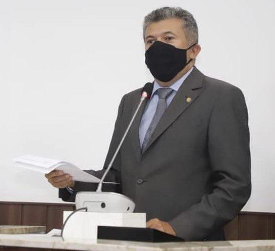 Antônio Henrique tem 28 vereadores a favor de sua continuidade à frente da Câmara Municipal de Fortaleza