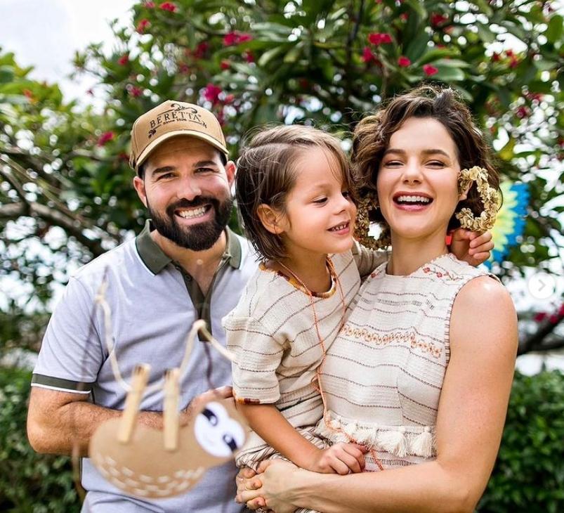 Paulinha Sampaio e Felipe Rocha celebram os cinco anos de Bento