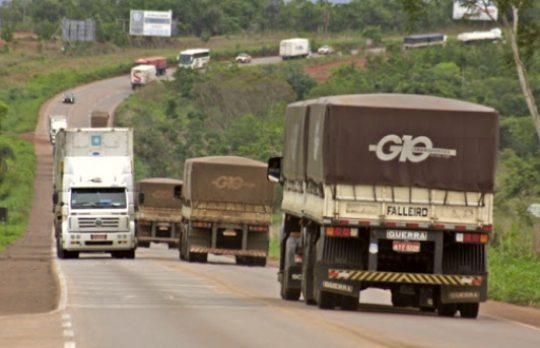 Demanda por transporte rodoviário de cargas registra expansão em todo o País