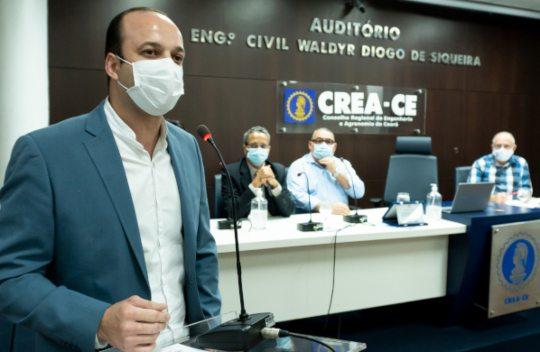 Emanuel Mota empossado para segundo mandato na presidência do Crea-CE