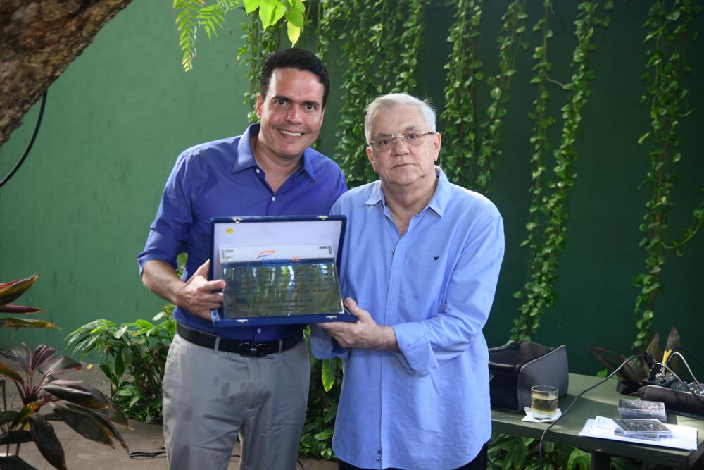 Fabiano Barreira recebe título de Personalidade da Segurança Privada em confraternização do Sindesp-CE