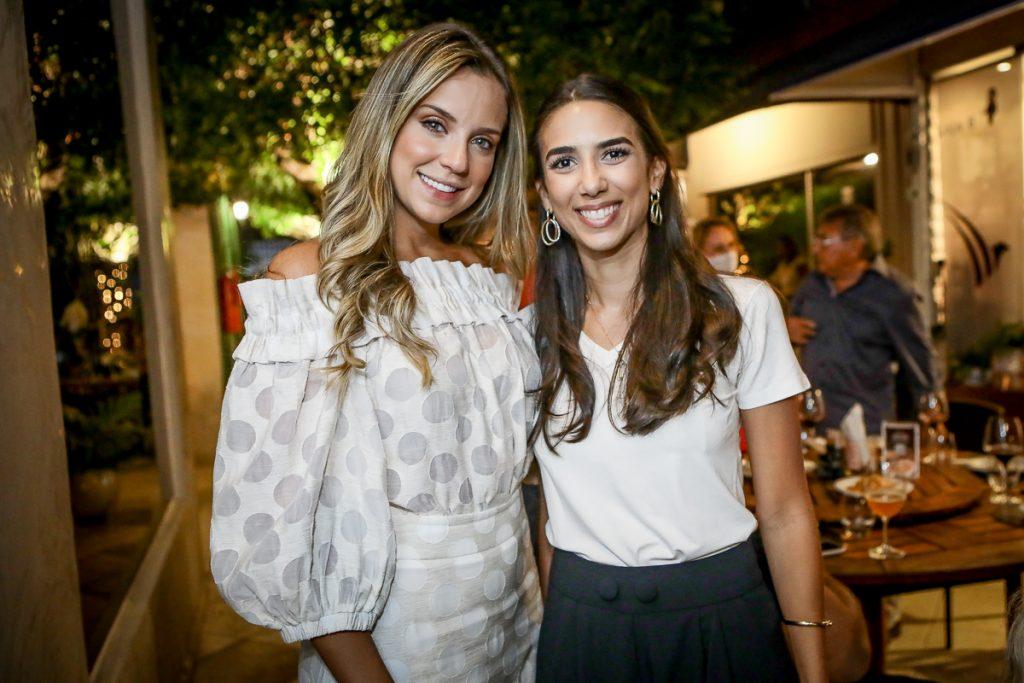 Fernanda Levy E Ines Frota
