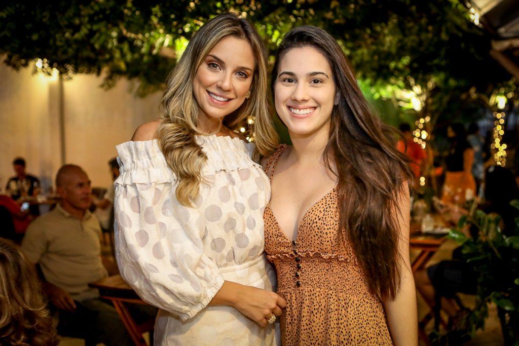 Fernanda Levy E Natalia Levy
