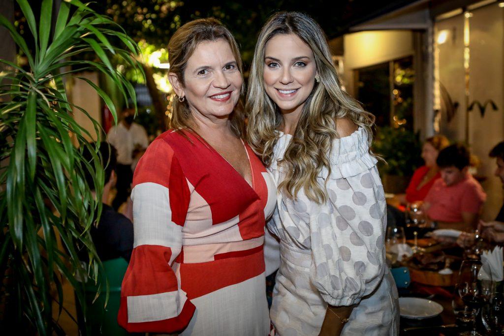 Geni E Fernanda Correia Lima