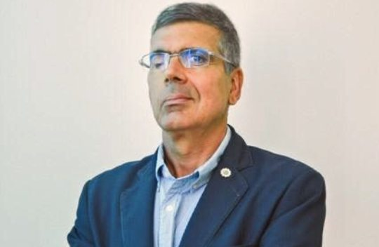 PIB de 2021 deve ficar entre 4% e 5% afirma economista Lauro Chaves Neto