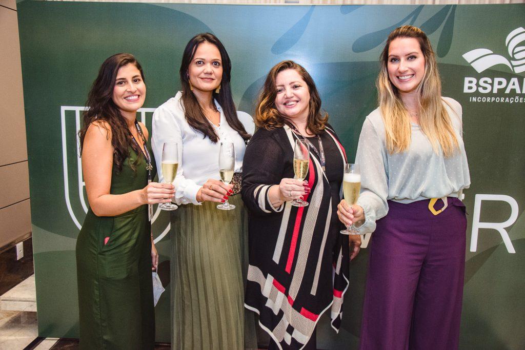 Lidiane Araujo, Caarolina Pontes, Atena Rabelo E Mirela Morotte