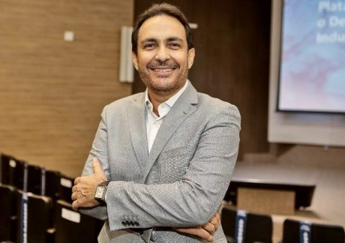 Luís Carlos Queiróz é o novo presidente do Sindienergia-CE