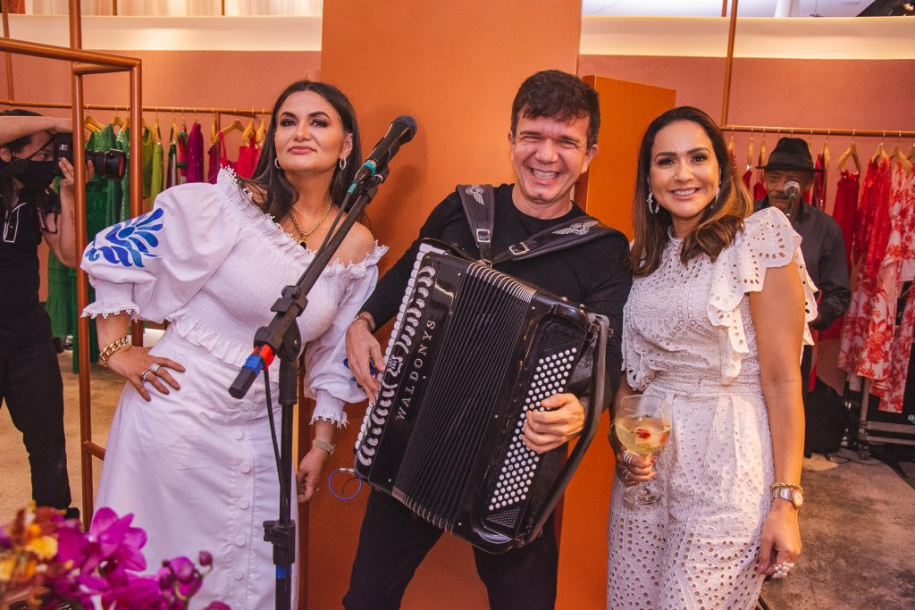 Marilia Lopes, Waldonys E Katia Targino (2)