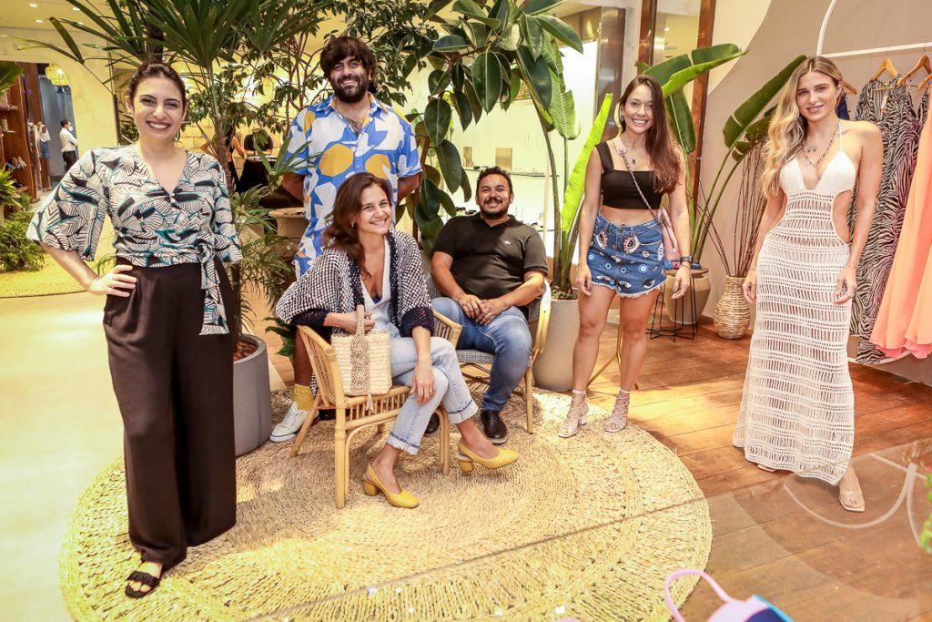 Nathalia Canamary, Celina Hissa, Gabriel Baquit, Clecio Nascimento, Nara Nogueira E Alix Pinho (1)