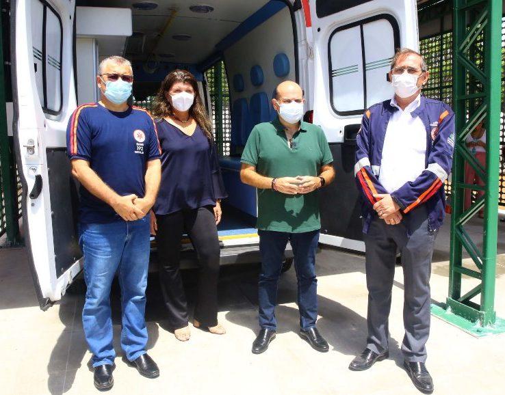 Roberto Cláudio entrega nova base do Samu na região do Conjunto Ceará