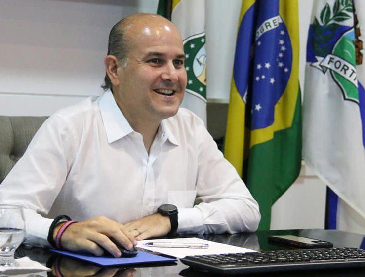 Roberto Cláudio apresenta as conquistas da capital cearense durante conferência internacional sobre segurança viária