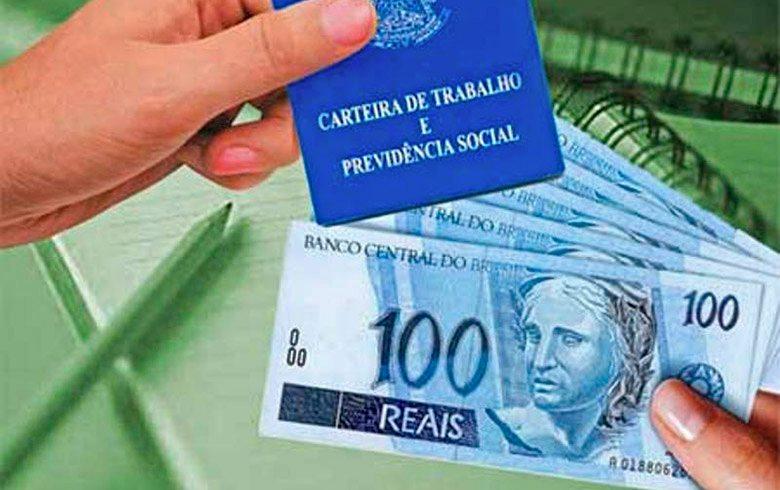 Governo prevê reajustar o salário mínimo para R$ 1.088,00 no ano que vem