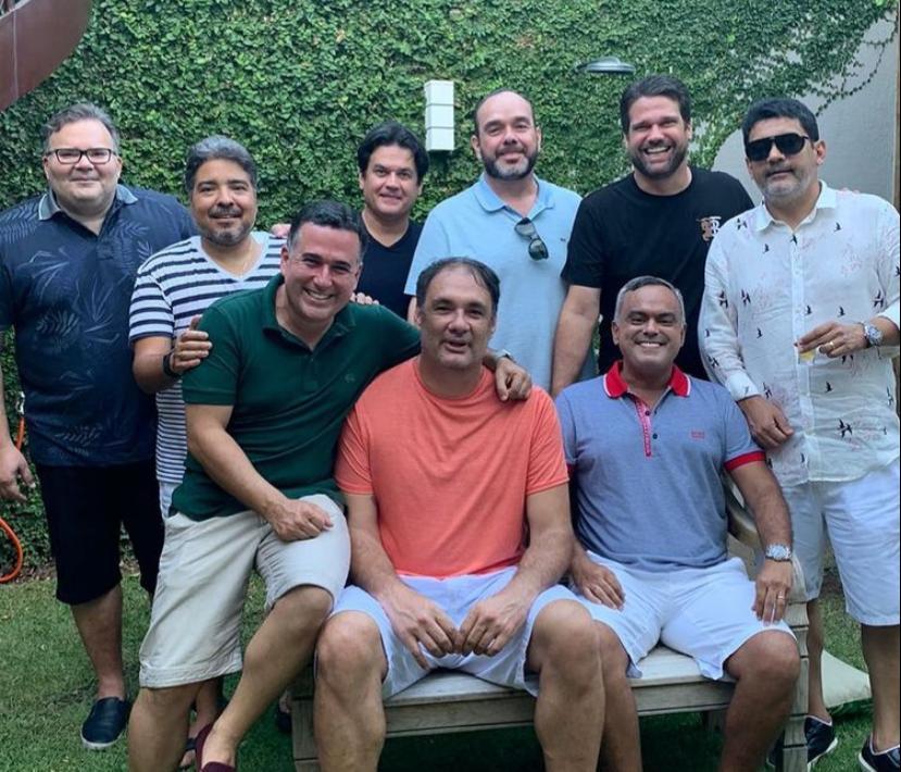 Leandro Vasques reúne os amigos da advocacia para confraternização natalina