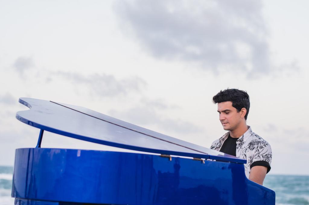 Paulo Rodrigo lança clipe e música autoral nesta segunda-feira (28)
