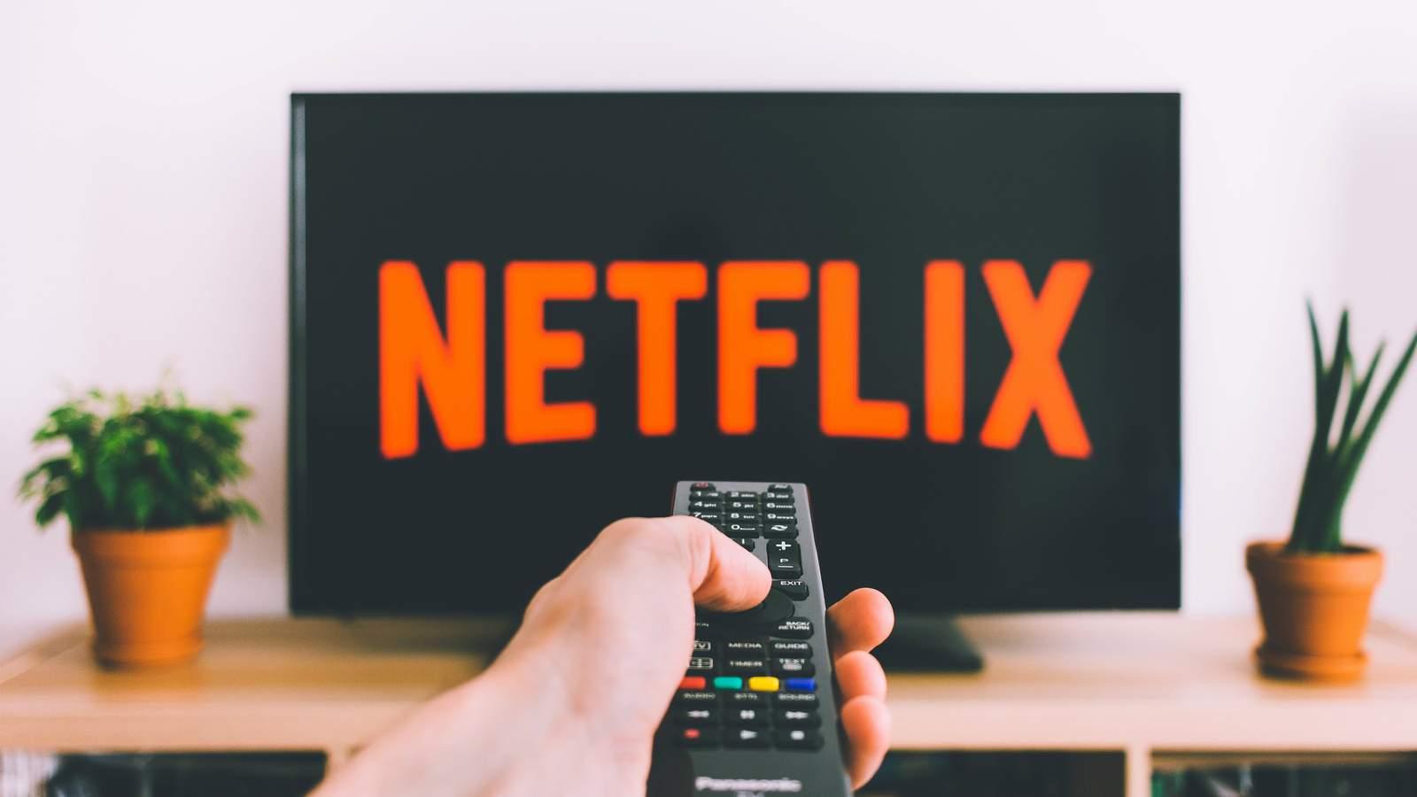 """Netflix anuncia adição do botão """"shuffle"""""""