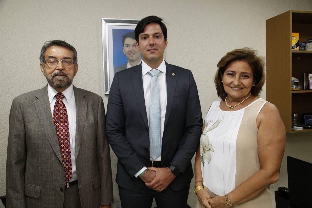 Adelmo, Paulo E Heloisa Martins
