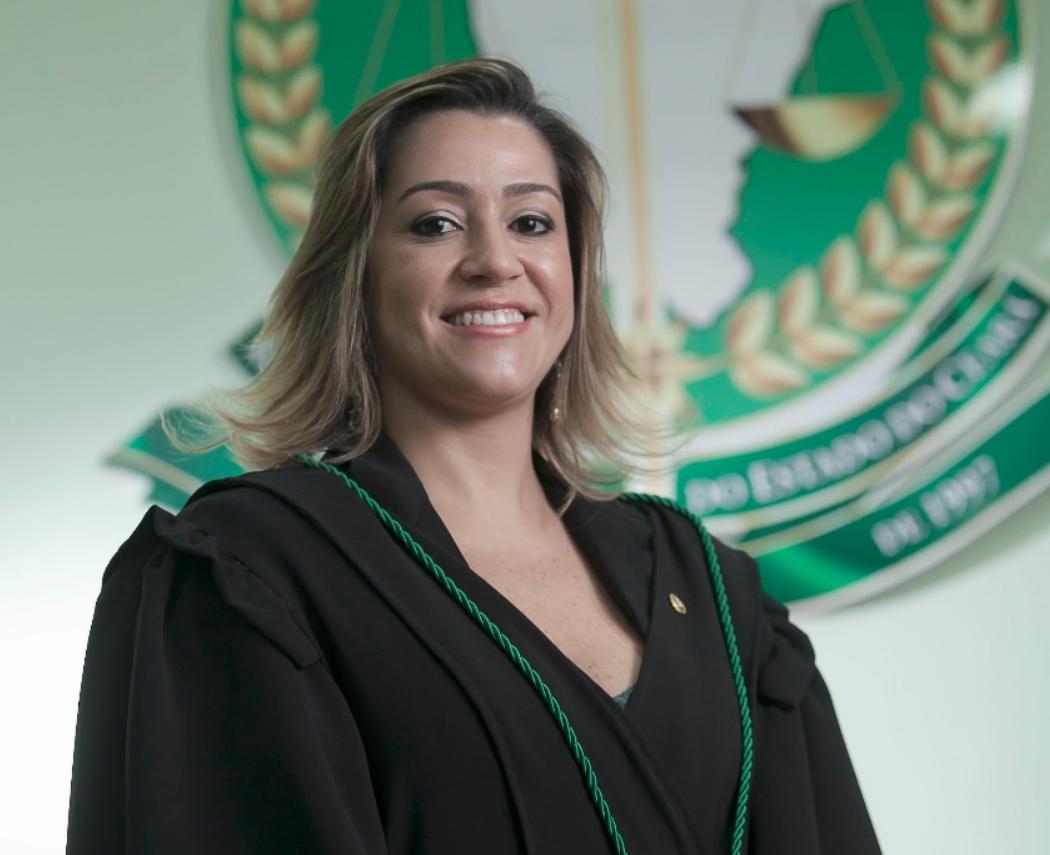 Andrea Coelho toma posse na Adpec em cerimônia virtual nesta quarta-feira (27)