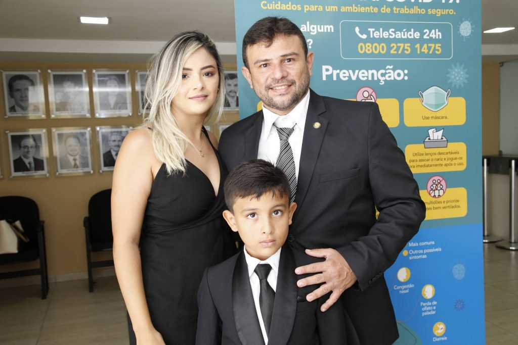Ana Maria, Pedro Noa E Enilson Soares